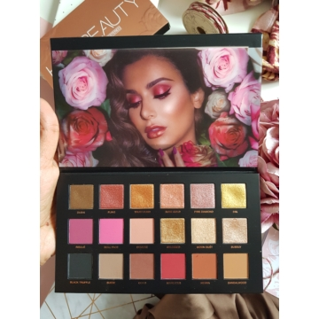 Huda Beauty - Szemhéjpúder paletta - Rose Gold